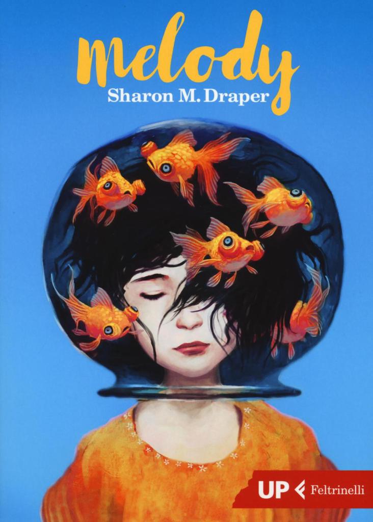 Disegno di bambina con testa in una boccia con pesci rossi